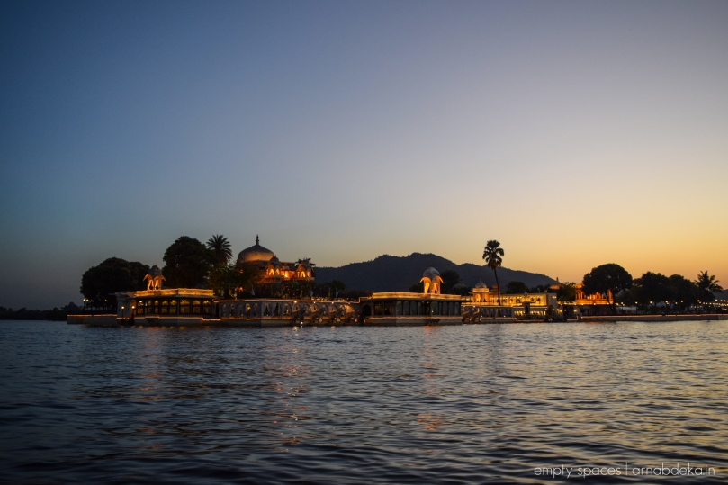 udaipur_evenings_pichola_arnabdeka (11 of 18)
