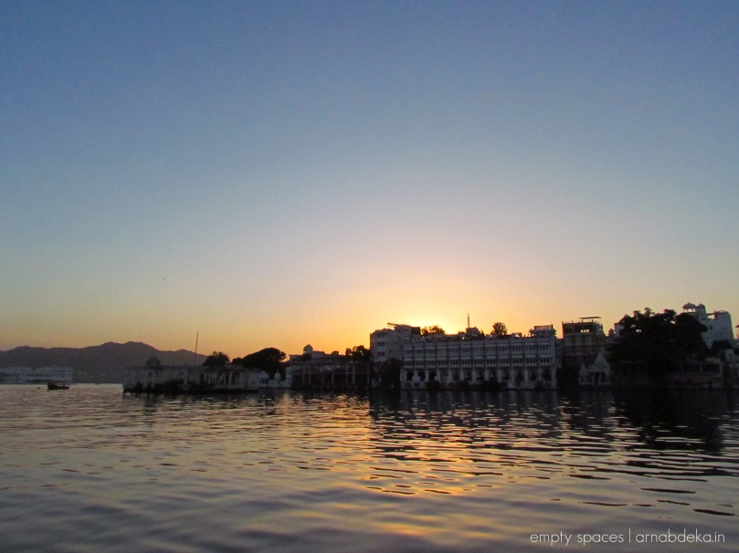 udaipur_evenings_pichola_arnabdeka (2 of 18)